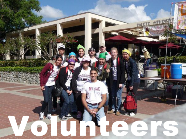 Photos of volunteers